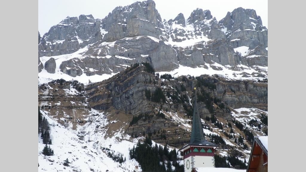 Klettersteig Urnerboden : Am zingelstöckli entsteht ein klettersteig urner wochenblatt